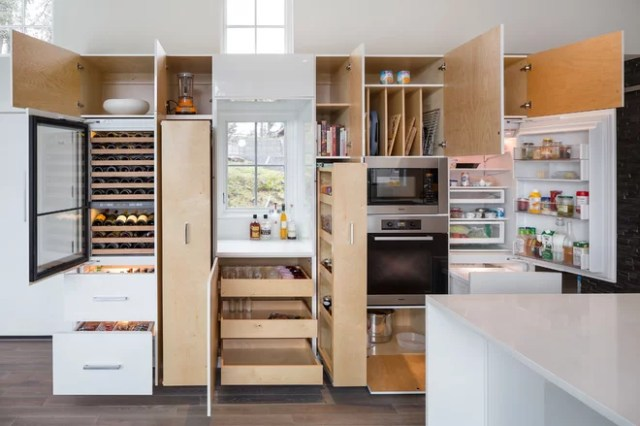 Contemporary Kitchen by Vanillawood
