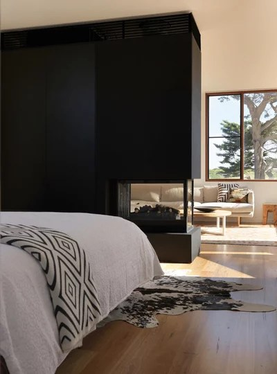 Contemporary Bedroom by Auhaus Architecture