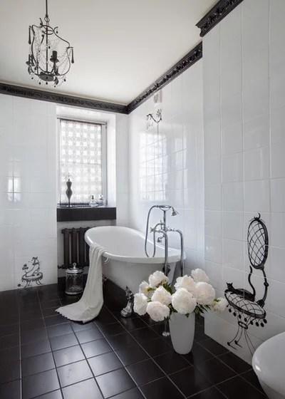 Traditional Bathroom by Валентина Савескул