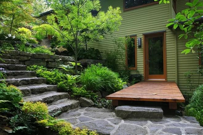 Eclectic  by jonathan craggs garden design