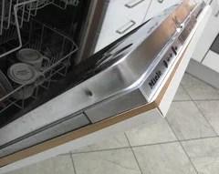 Hilfe - die Beschichtung unserer Küchenfront löst sich.