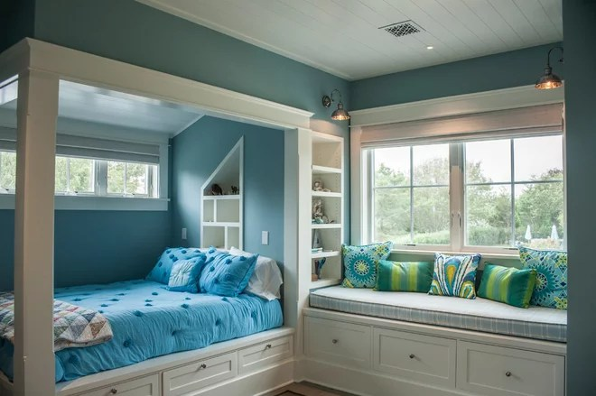 Beach Style Kids by Erica Broberg Smith Architect PLLC