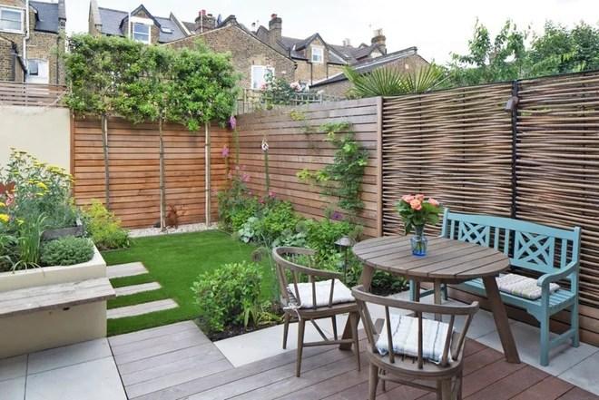 Farmhouse Landscape by Really Nice Gardens