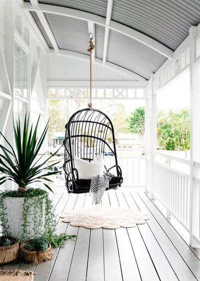 Beach Style Deck by Hannah Puechmarin