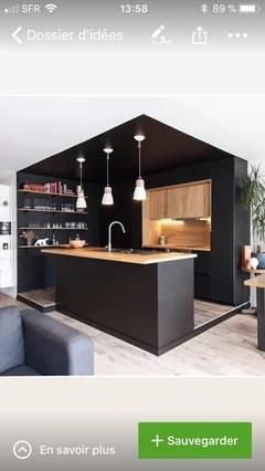 un carrelage pour une cuisine noire et