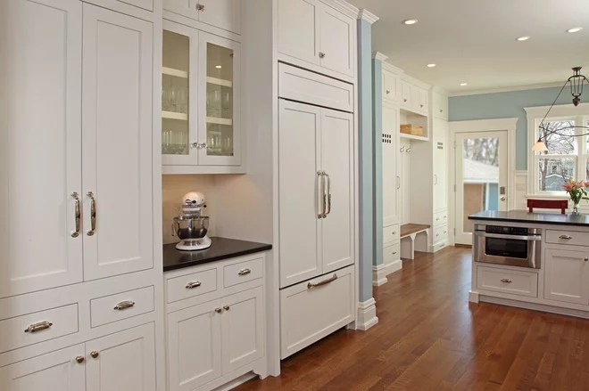 Mixing Knobs And Pulls On Kitchen Cabinets How to Mix and Match Your Kitchen CabiHardware – Wish