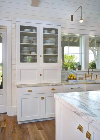 Farmhouse Kitchen by Robert Paige Cabinetry LLC