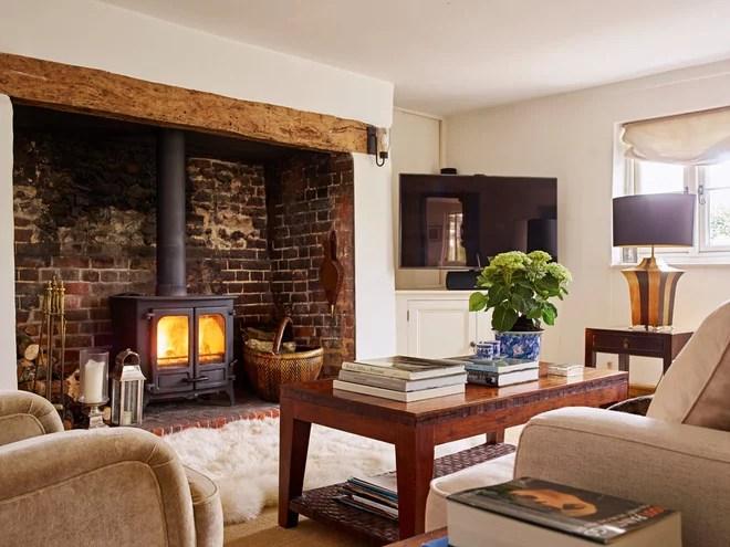 Rustic Living Room by Suzy Dallas