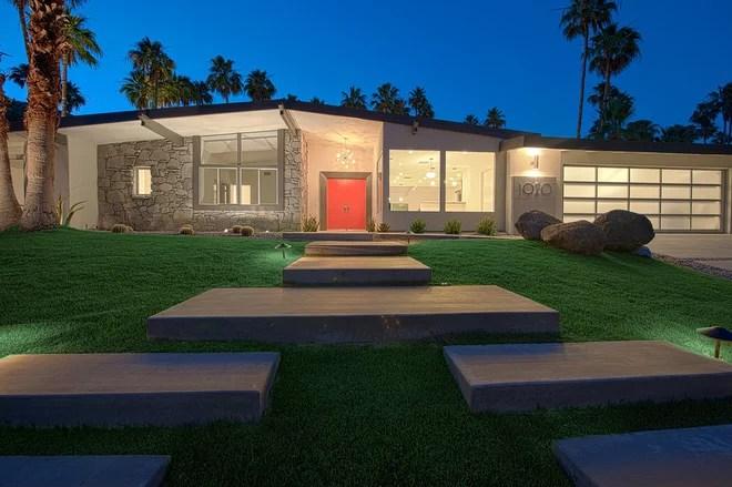 Midcentury Exterior by H3K Design