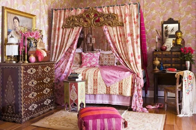 Shabby-chic Style Bedroom by Annette Tatum