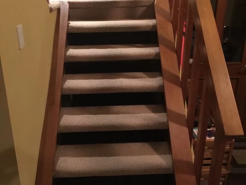 How Should I Redo Carpeted Open Riser Riser Less Stairs In Hardwood | Fitting Carpet To Open Tread Stairs | Landing | Floating Staircase | Stairway | Hardwood | Prefinished Stair