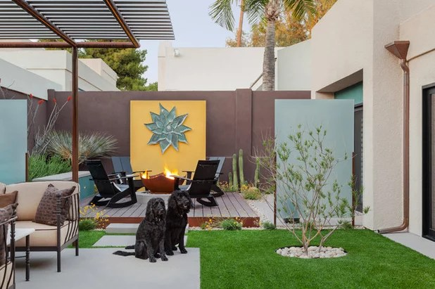 Contemporary Patio by Coffman Studio