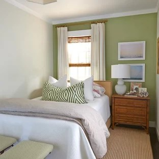 75 Beautiful Small Tropical Bedroom Pictures Ideas January 2021 Houzz
