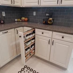 craftsman ceramic tile kitchen