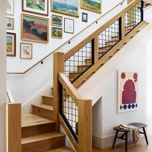 75 Beautiful Staircase Pictures Ideas September 2020 Houzz | Home Interior Steps Design | Outside | New Model | Balcony | Interesting | Innovative