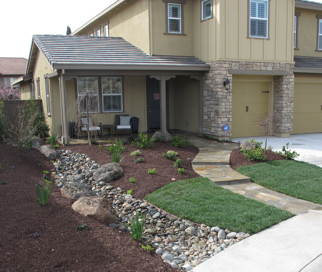 Whitney Ranch Front Yard Traditional Landscape