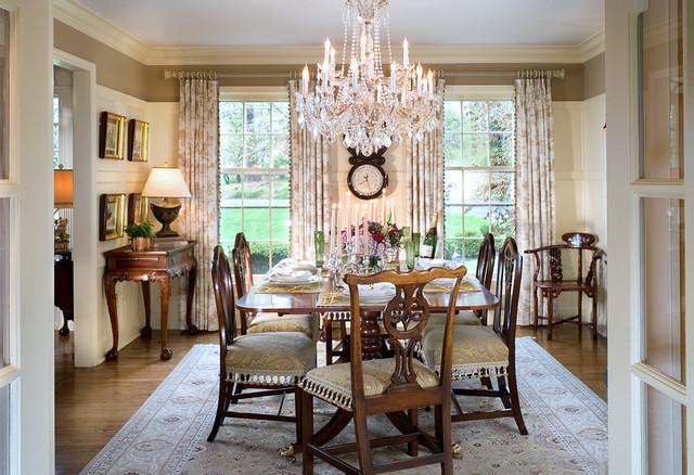 Tasteful Ideas For Traditional Dining Room Floors