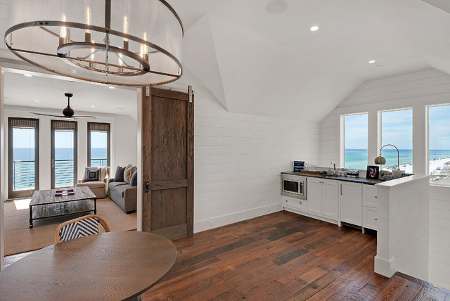 Snowman Residence beach-style-home-bar