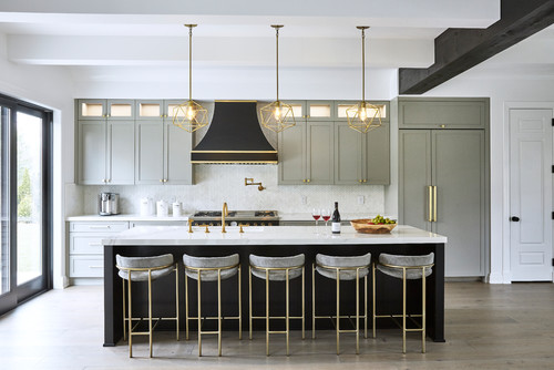 5 Design Ideas For Showcasing Your Grey Kitchen Cabinets