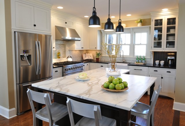 1920s Bungalow Traditional Kitchen Chicago By The