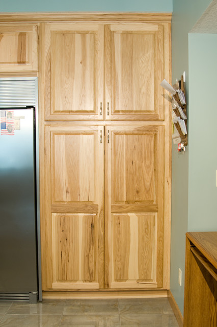 Natural Hickory Kitchen Traditional Kitchen