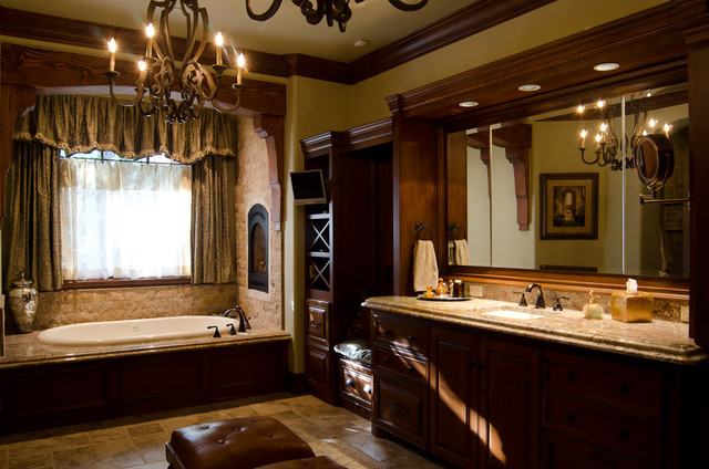 Texas Hill Country Style Traditional Bathroom