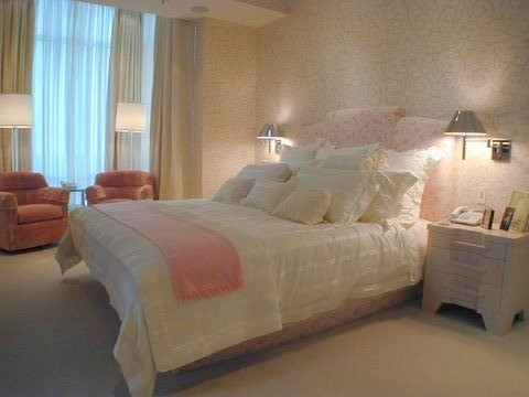 Great Bedrooms for Single Gals