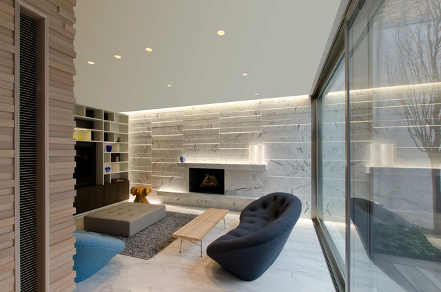 Stratus Warm White Linear Wall Grazer By Pure Lighting Contemporary Living Room Chicago