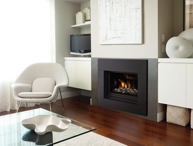 Regency Horizon HZ33CE Contemporary Living Room