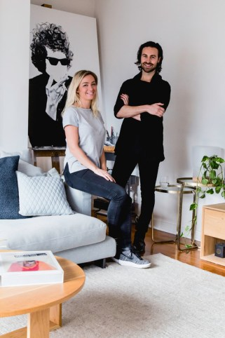 My Houzz: Modern apartment meets the needs of this talented duo
