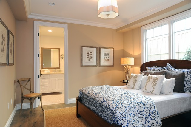 Guest Bedroom Beach Style Bedroom Los Angeles By