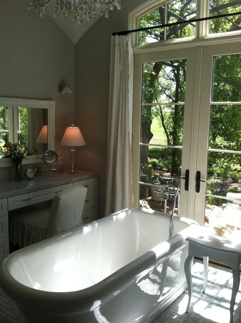 French Provence Farmhouse Farmhouse Bathroom