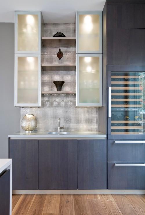 Modern Waterfront Kitchen