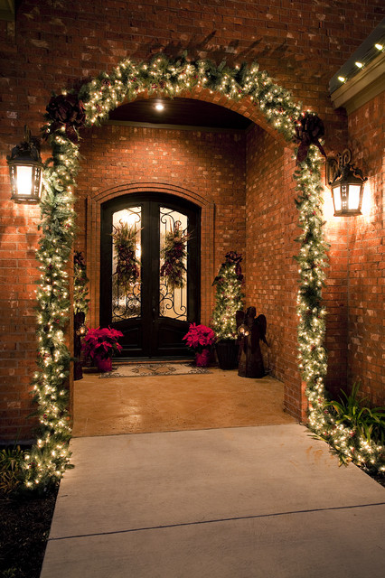 Traditional Front Porch Christmas   Traditional   Porch   Austin     Interior Designers   Decorators  Traditional Front Porch Christmas  traditional porch