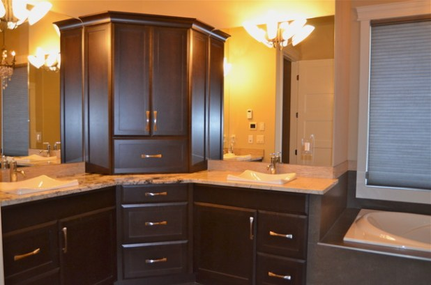 How To Stain Maple Cabinets Crepeloversca Com
