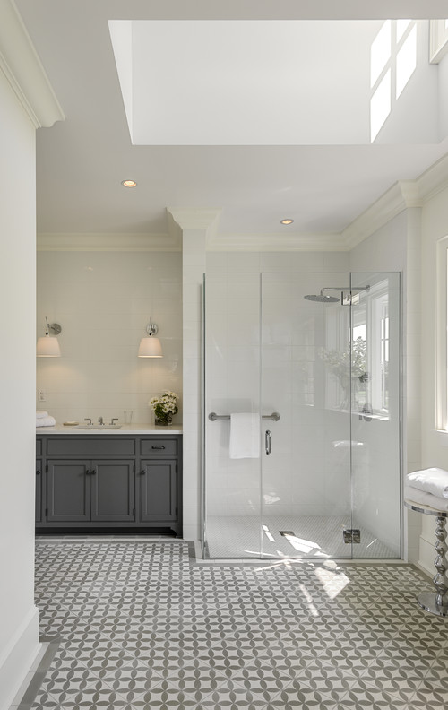 what type of crown molding did you use in the shower?