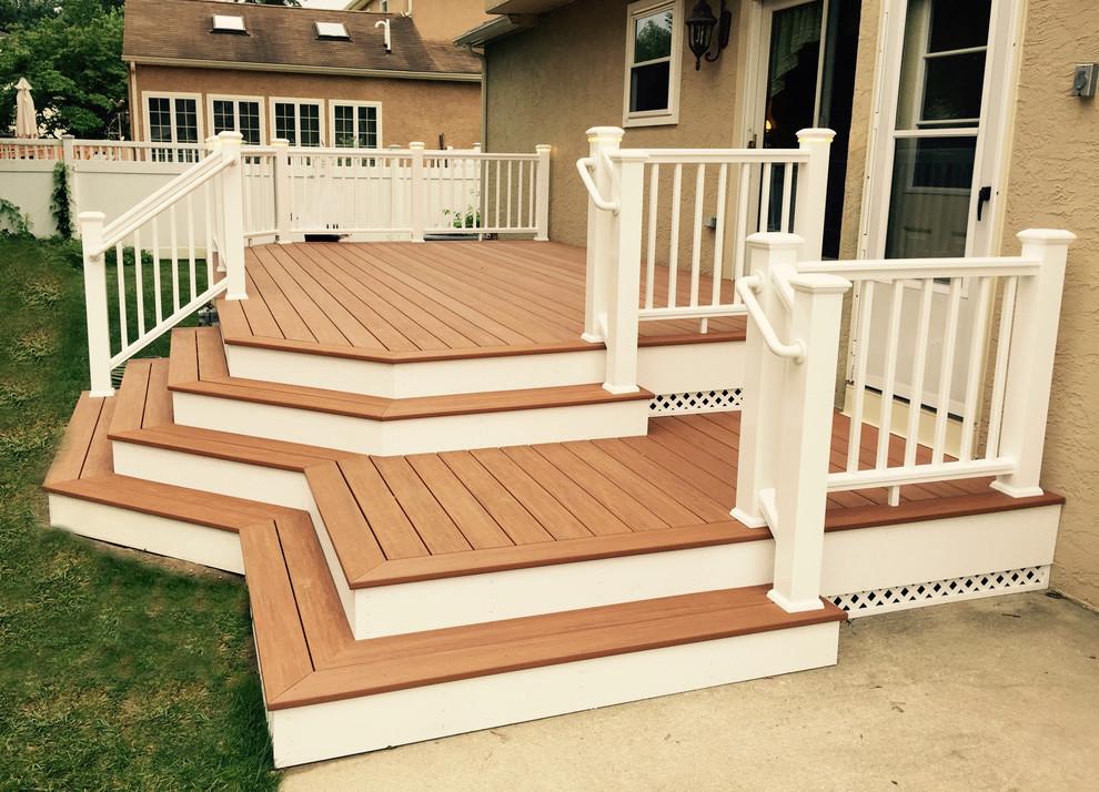 small backyard deck decorating ideas