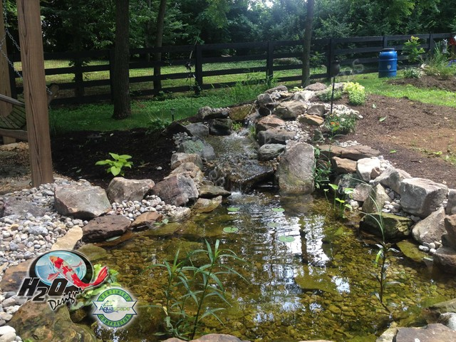 koi pond backyard pond amp small pond ideas for your kentucky - Koi Pond Designs Ideas