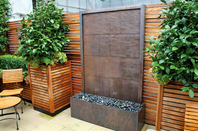 Copper Wall Water Fountain Contemporary Exterior Oxfordshire By David Harber
