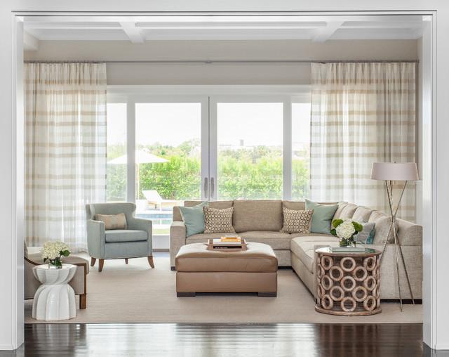 Hamptons Summer Home beach-style-living-room