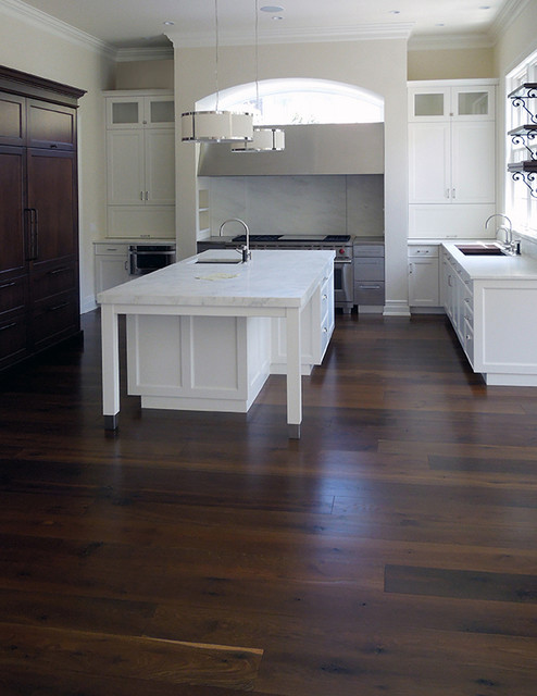 Black Oak Floors Contemporary Kitchen Chicago By Signature Innovations LLC