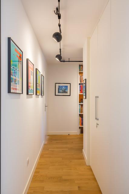 Décoration d'un autre appartement neuf dans le programme CHEVERUS à Bordeaux midcentury-hall