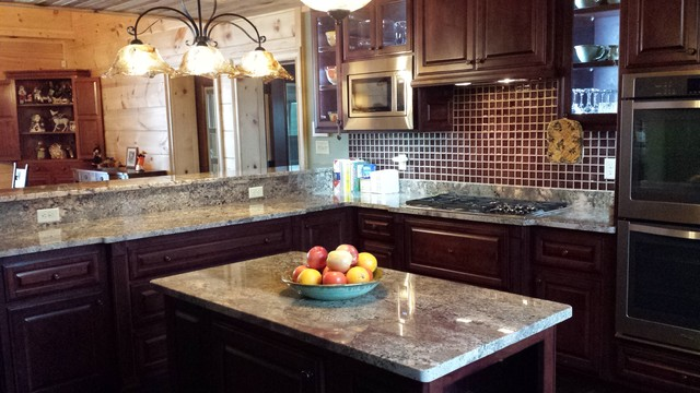 Cherry Cabinets With Crema Bordeaux Granite