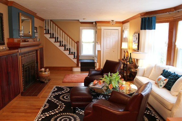 Small Bungalow House In Framingham