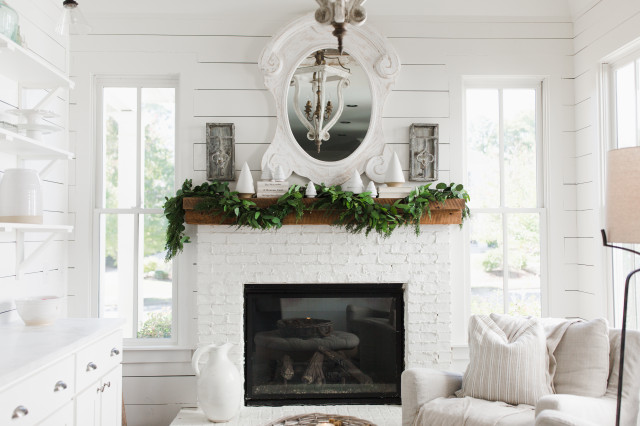 Holiday Decor shabby-chic-style-sunroom