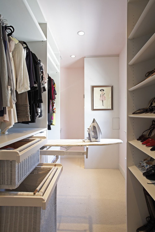 Small walk in closet