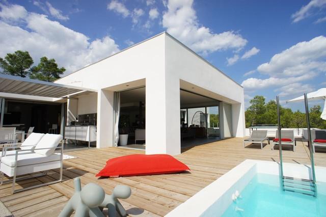 Villa contemporaine au Nord de Montpellier, les Parcs des Vautes contemporain-terrasse-en-bois
