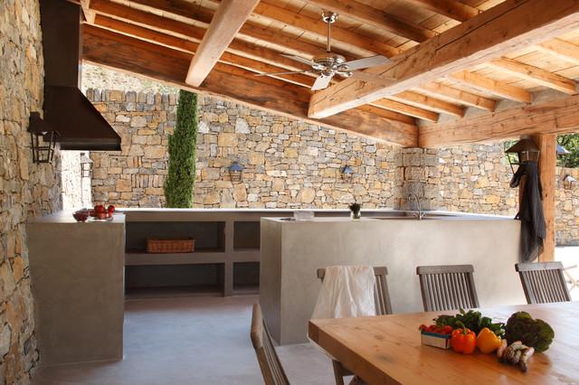 Cuisine d'extérieur en béton ciré contemporain-terrasse-en-bois
