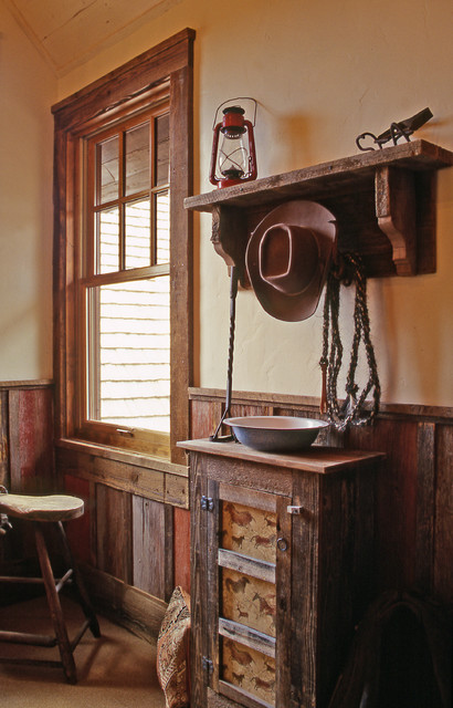 Western Homestead Ranch Bunk House Room Rustic Hall