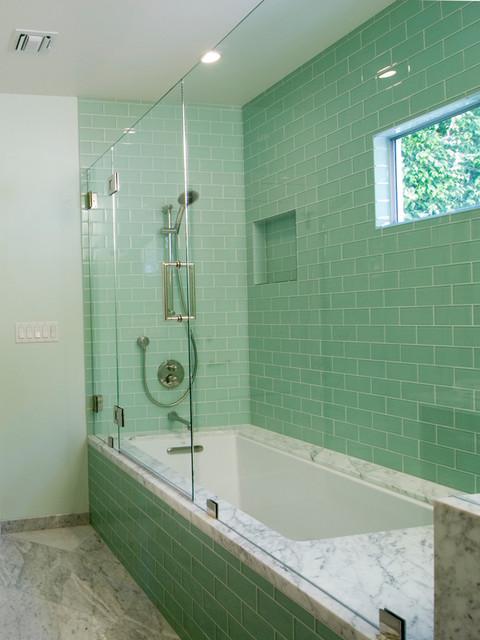 Lush Surft Subway Tile Modern Bathroom